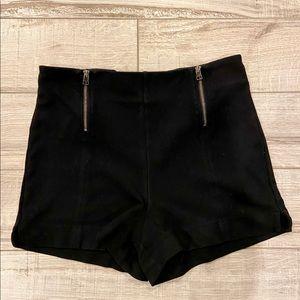 Aritzia Sunday best black zip-up shorts